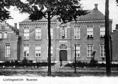 1886 Bouw Sint Elisabethsgesticht 'Het Klooster'