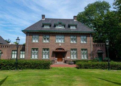 1953 Villa wordt gemeentehuis